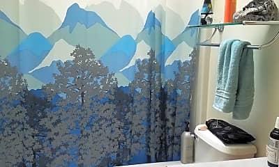 Bathroom, 7294 SE Snowy Way, 2