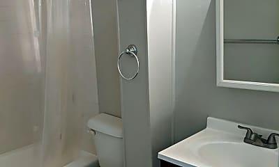Bathroom, 709 Massachusetts Ave NE, 2