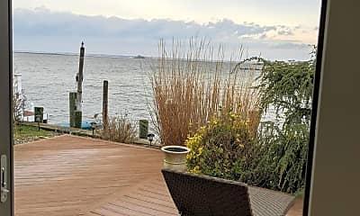Patio / Deck, 289 Monterey Cir, 2