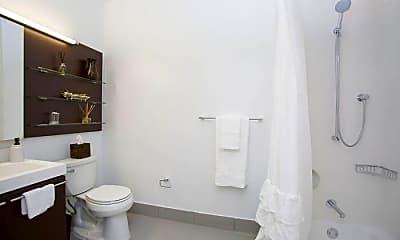Bathroom, 43-25 Hunter St, 1