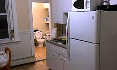 Kitchen, 452 Hanover St, 1