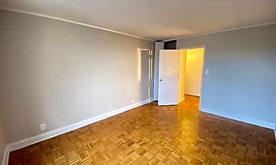 Living Room, 111 N 3rd Ave 7O, 0