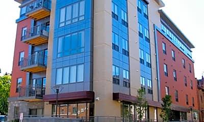 Building, 229 W Lakelawn Pl, 0