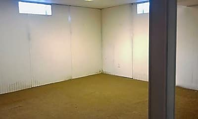 Bedroom, 21034 Nummer St, 2