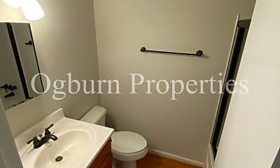 Bathroom, 1310 Brookstown Ave, 2