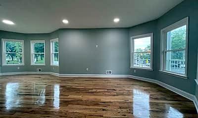 Living Room, 259 Duncan Ave 1, 1
