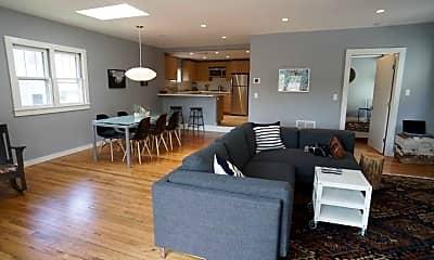 Living Room, 44 Main St, 0