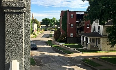 Building, 1214 S Elgin Ave, 1