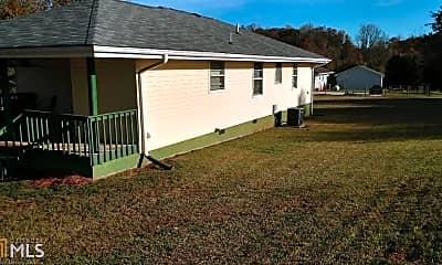 Building, 352 Tom Teague Rd, 2