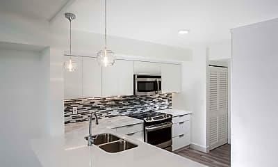 Kitchen, Waterways Village Apartments, 1