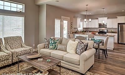 Living Room, 750 Aspen Cir, 1