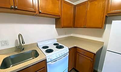 Kitchen, 22816 Edmonds Way, 1
