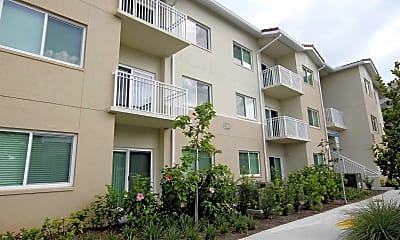 Building, Advenir at Biscayne Shores, 2