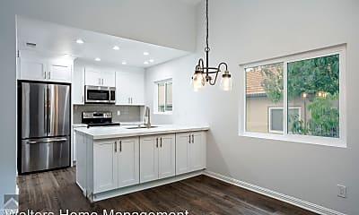Kitchen, 11259 Avenida De Los Lobos, 0