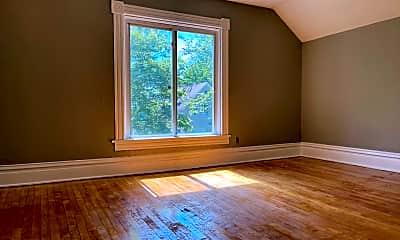 Living Room, 611 Reaney Ave E, 1