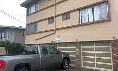 Building, 32 E 40th Ave, 1