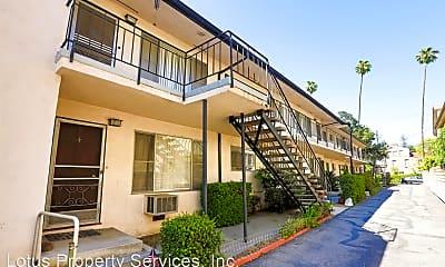 Building, 615 N Monterey St, 1