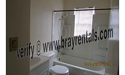 923 N 12th St. #4 bathroom.jpg, 923 N 12th St #4, 1