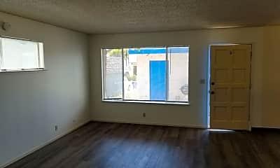 Living Room, 2555 Solano Rd, 1