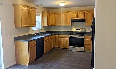 Kitchen, 227 Crown Ct, 1