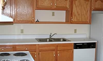 Kitchen, 402 Blake Cir, 2