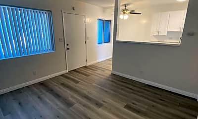 Living Room, 1242 Cedar Ave, 1