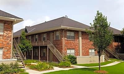 Lakewood Manor, 0