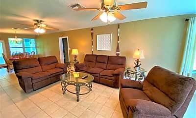 Living Room, 104 E Gadsden Ln, 1