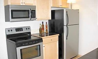 Kitchen, Harbor Pointe, 1