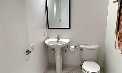 Bathroom, 415 S Front St 120, 2