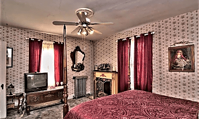 Bedroom, 1 North Ave, 1