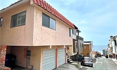 Building, 204 18th Pl, 1