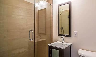 Bathroom, 45th and Walnut Street, 2
