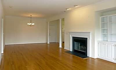 Living Room, 604 Copperline Dr 106, 1
