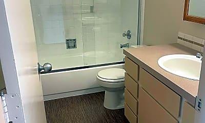 Bathroom, 1802 NE Hancock St, 1