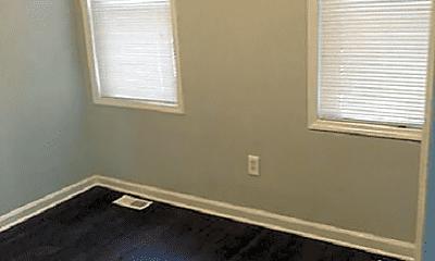 Bedroom, 98 Warren St, 2