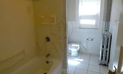 Bathroom, 9 Seven Pines Ave, 2