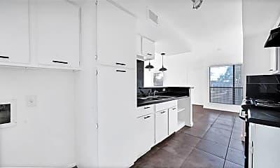Kitchen, 6633 W Airport Blvd 1205, 1