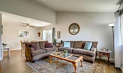 Living Room, 2233 W Farmdale Ave 1, 0