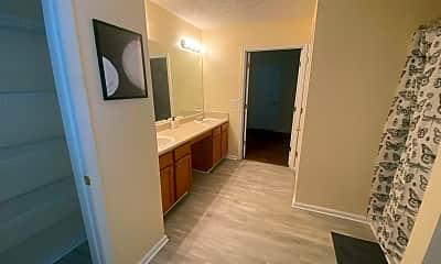 Room for Rent - Huge home in a nice neighborhood, 1