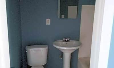 Bathroom, 2903 W Michigan St, 2