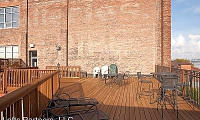 Patio / Deck, 311 Southwest Water Street, 2