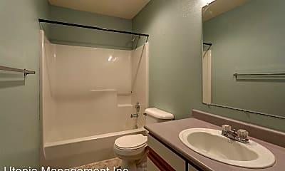 Bathroom, 1304 -1306 22ND ST., 1