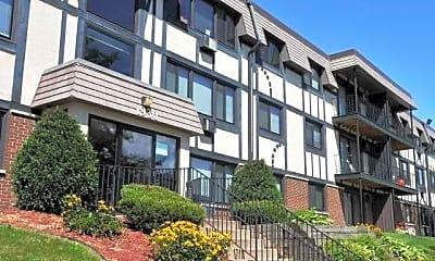Oakdale Terrace Apartments, 1