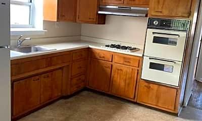 Kitchen, 1328 Thieriot Ave, 1