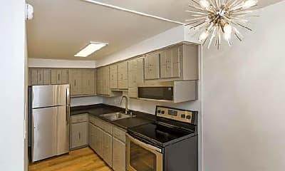 Kitchen, 816 Oxford Ln, 2