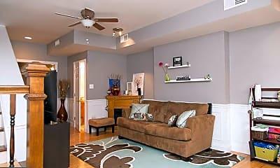 Living Room, 920 S 16th St, 0