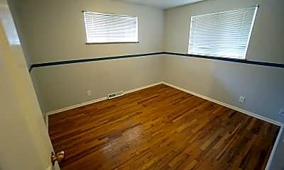 Bedroom, 6231 S Detroit St, 1