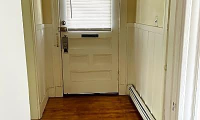 Bathroom, 664 Main St, 2