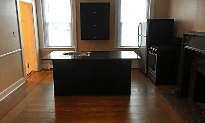 Living Room, 325 S Graham St, 0